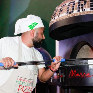Mexico Pizza Championship Chef using marra forni oven